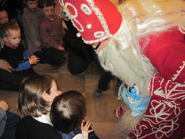 Mikołaj i dzieci
