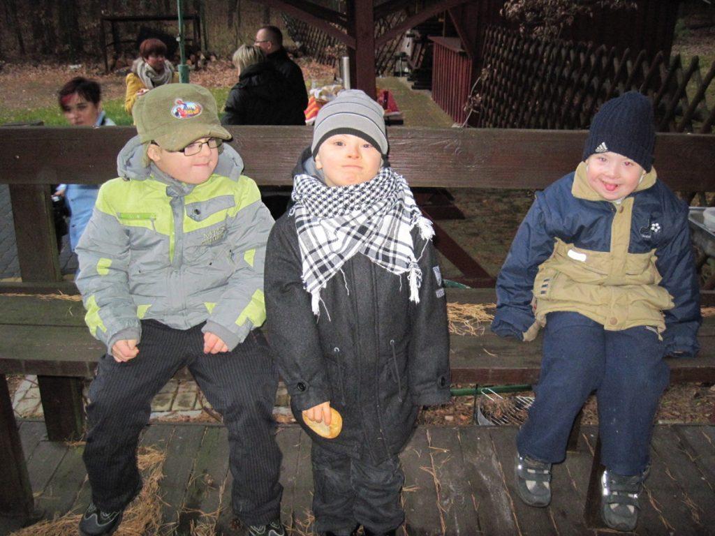 dzieci na turnusie